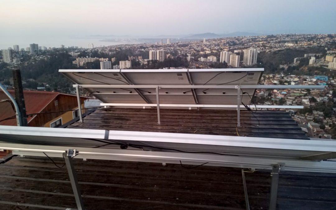 Instalación de Sistema Solar Térmico y Fotovoltaico